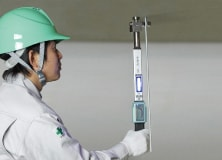 アンカー引張強度試験機 アンカープロチェッカー(APC) 吊天井ボルト専用検査治具他にも作業効率をアップする機能が充実