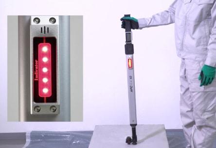 アンカー引張強度試験機 アンカープロチェッカー(APC) 9 検査上限荷重(過荷重)に達すると、ブザー音が警告音に変わり、LEDは赤く点灯します。
