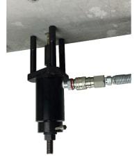 アンカー引張強度試験機 プロテスターTI 仮固定治具により上向き(天井向き)試験時、作業効率アップ!
