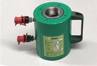 アンカー引張強度試験機 プロテスターTI 内径約90㎜の大口径シリンダーに、電動ポンプを採用。