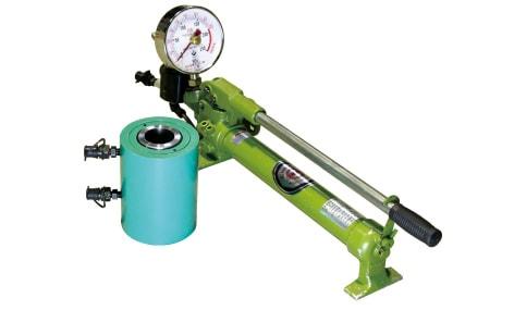 アンカー引張強度試験機 プロテスターTI 大口径対応の軽量アンカー引張強度試験機