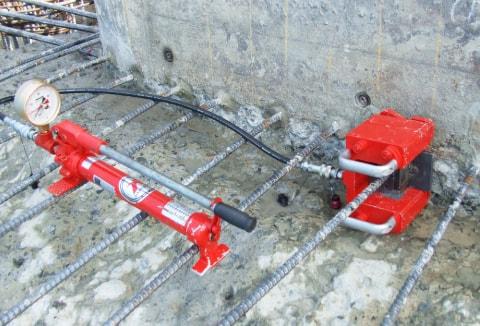 アンカー引張強度試験機 プロテスターTL 長尺物の鉄筋アンカーの検査が容易