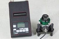 アンカー引張強度試験機 プロテスターTR 専用反力台の使用で多少の段差も測定可能!