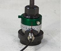 アンカー引張強度試験機 プロテスターTR 2 回転ベゼルを0(ゼロ)の位置にセットする。