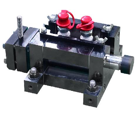 複動式せん断試験機 TS-05 現場で簡単にせん断試験が可能な 複動式せん断試験機