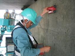 各種コンクリート切断工事耐震補強工事(土木インフラ) 公園内舗装工事 鉄筋設置状況