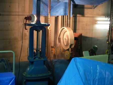 各種コンクリート切断工事  浄水場ポンプ井電動弁設備及び遠方監視制御工事