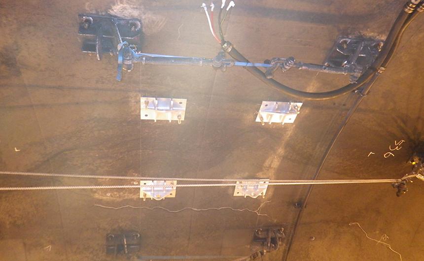 あと施工アンカー工事 交通安全施設工  関西東部地区 機械・電気施設保全工事