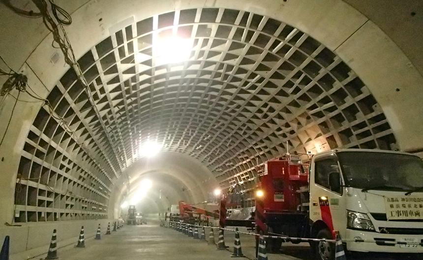 交通安全施設工事 横浜環状北線シールドトンネル工事
