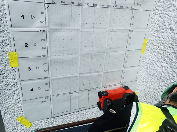 各種コンクリート切断工事 各種点検・診断 コンクリート圧縮強度試験 ソフトコアリング 鉄筋探査状況